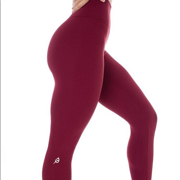 P Tula Pants Jumpsuits Ptula The Mayra Plush Legging 23 In Cranberry Poshmark Get the lowest price on your favorite brands at poshmark. poshmark
